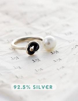 1043621 - <RI459-S> [Silver] Lippe pearl ring