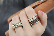 225813 - <RI195-S> [Immediate out of stock] real vintage 4 piece ring