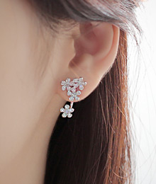 231624 - <ER082-DF06> [Silver Post] Lorient Flower two-way earrings