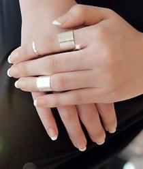 231911 - <SL270-JA25> [It's alright, it's love JiHaesu] [Silver] sleek bold ring