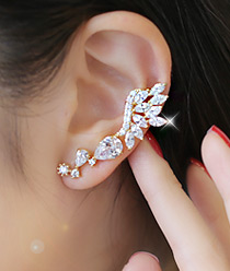 232740 - <EC052-S> [Out of stock] Elena cubic ear cuff