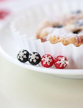 233007 - <ER094-S> [Release Date] [Silver Post] Snow Flower ball earrings