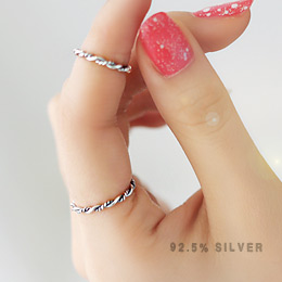 233037 - <SL130-S> [Immediate out of stock] [Silver] vintage Plus ring