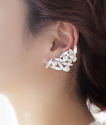 233316 - <EC080-CC13> romantic evening ear cuff