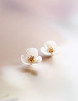 233473 - <ER132-DK11> [clip type] Emily pearl Flower earrings
