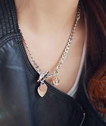 236682 - <JS110-IH19> masstige heart necklace