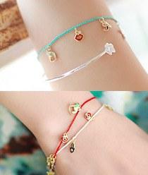 236718 - <BC218-HG16> minimal charm bracelet