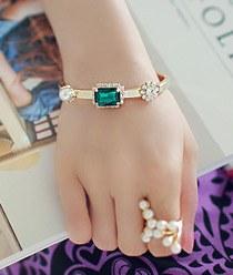 236720 - <BC217-S> Monel emerald bangle bracelet