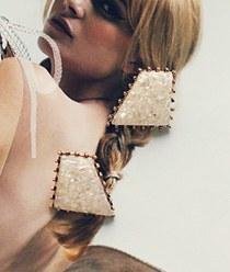 237505 - <ER570-DK25> vogue earrings