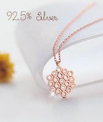 237882 - <NE166-IH15> [Silver] Flower honeycomb necklace