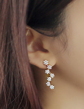 238106 - <ER621-GE02> [Silver Post] Flower long earrings