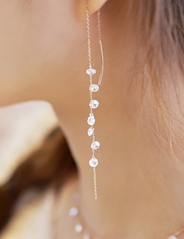 887154 - <ER670-S> [Same day] [Silver] crystal Bolero earrings