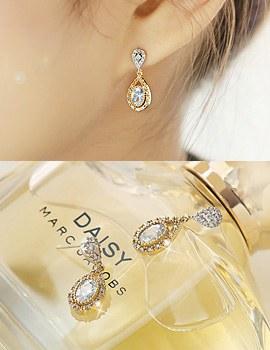 888140 - <ER683-DE23> [Silver Post] pretty tear earrings
