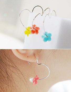 1043335 - <ER734-GH15> tender fleur earrings