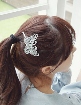 1043353 - <HA376-ED02> refined butterfly hairpin