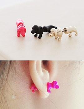 1043360 - <ER741-GE17> tribale puppy earrings