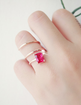 1043372 - <RI428-JH18> Red Wine ring