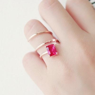 1043372 - <RI428-JH18> Red Wine ring