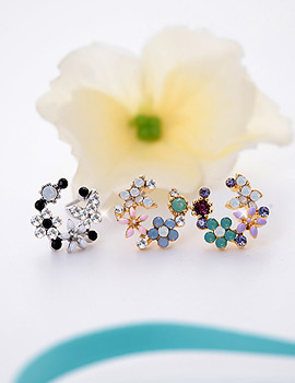 1043420 - <ER749-GG21> [Silver Post] round Flower garden earrings