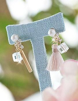 1043519 - <ER766-DJ27> tiramisu tassel earrings