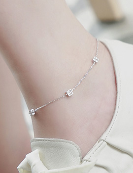 1043559 - <BC406-IH04> union square anklet