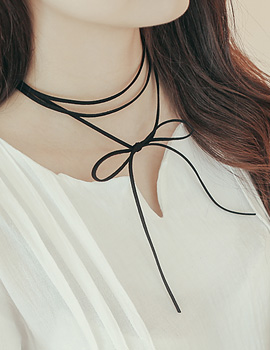 1043568 - <NE222-BA09> suede ribbon necklace