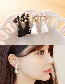 1043570 - <ER776-DG07> [clip type] Mini iris tassel earrings