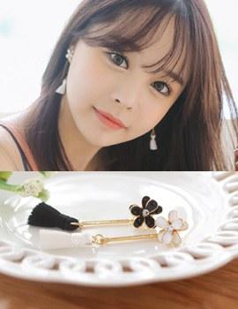 1043571 - <ER775-DG13> [clip type] long iris tassel earrings