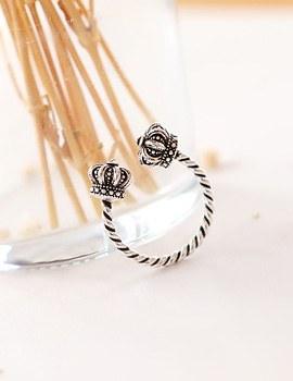 1043607 - <RI453-AD05> Antique ring