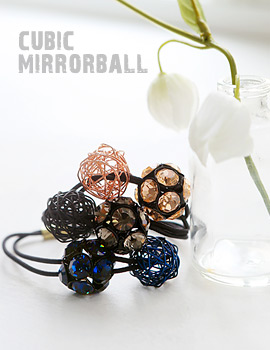 1043696 - <HA398-EE06> cubic mirror ball ponytail