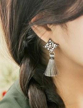 1043727 - <ER803-DF04> [clip type] rhodium tassel earrings