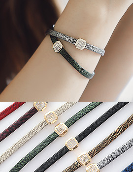 1043726 - <BC435-S> [Same day shipping] coooing square leather bracelet