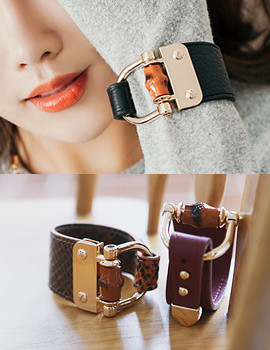 1043752 - <BC437-HA04> mish leather bracelet
