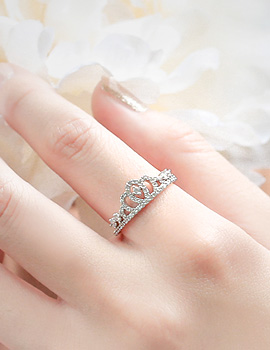 1043766 - <RI474-S> [Out of stock] elo tiara ring
