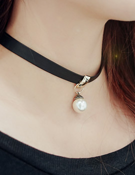 1043876 - <NE257-BB17> Jazz choker necklace