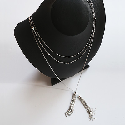 1043966 - <NE266-BA18> metal tassel long necklace