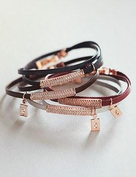 1044163 - <BC484_HA16> Lotus leather bracelet