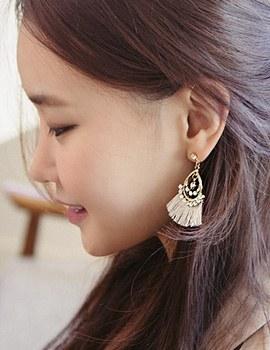 1044167 - <ER937_CE22> [clip type] antique chandelier tassel earrings