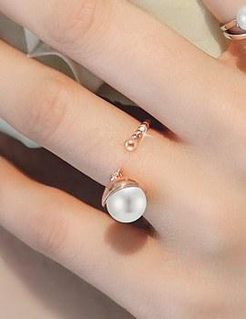 1044243 - <RI544_JE07> Crescendo pearl ring