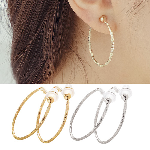 1044322 - <PC190_CH00> [clip type] wave cutting round ring earrings (3cm)