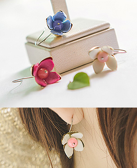 1044458 - <ER1008_CD24> [handmade] stone Flower earrings