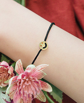 1044459 - <BC535_BD08> [Silver] Smiling ring bracelet