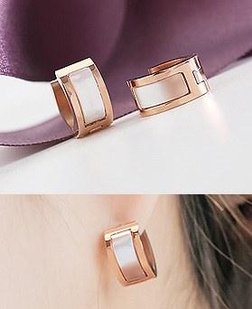 1044513 - <ER1017_DJ22> [Stainless Steel] Steel royal earrings