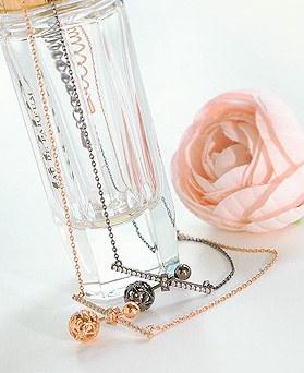 1044625 - <NE328_IF15> ball cheek necklace