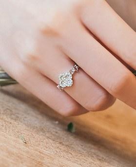 1044980 - <RI651_AC16> luck sweet ring