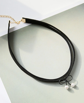 1045091 - <NE369_BB00> ribbon angel choker necklace