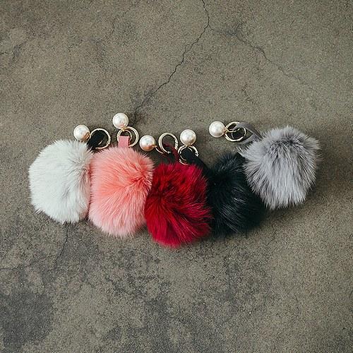1045097 - <PA019_K> Real fox key holder & bag charm