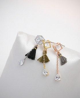 1045103 - <ER1178_CH12> [Silver Post] tassel sparkling earrings