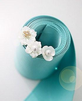 1045104 - <ER1179_GZ01> [Silver Post] Sunshine Flower Mother-of-Pearl earrings