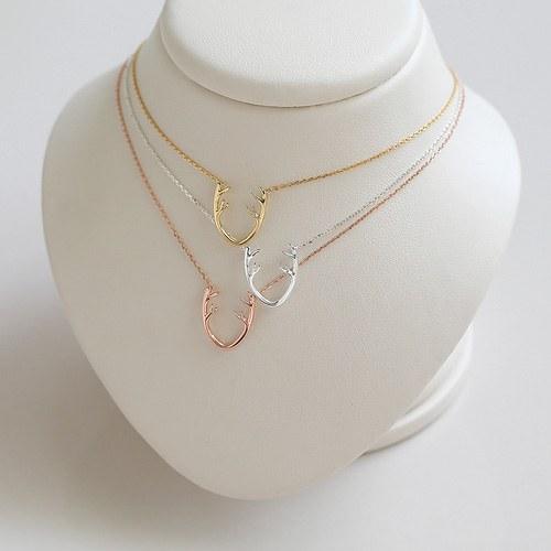 1045268 - <NE404_BC19> [Silver] shine Rudolph necklace